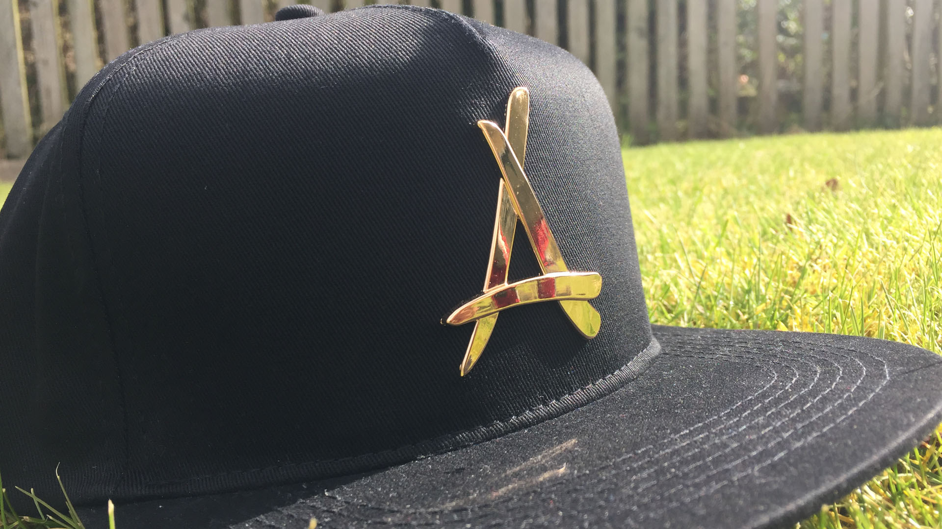 First Look: Tha Alumni 6 Cap Mystery Box
