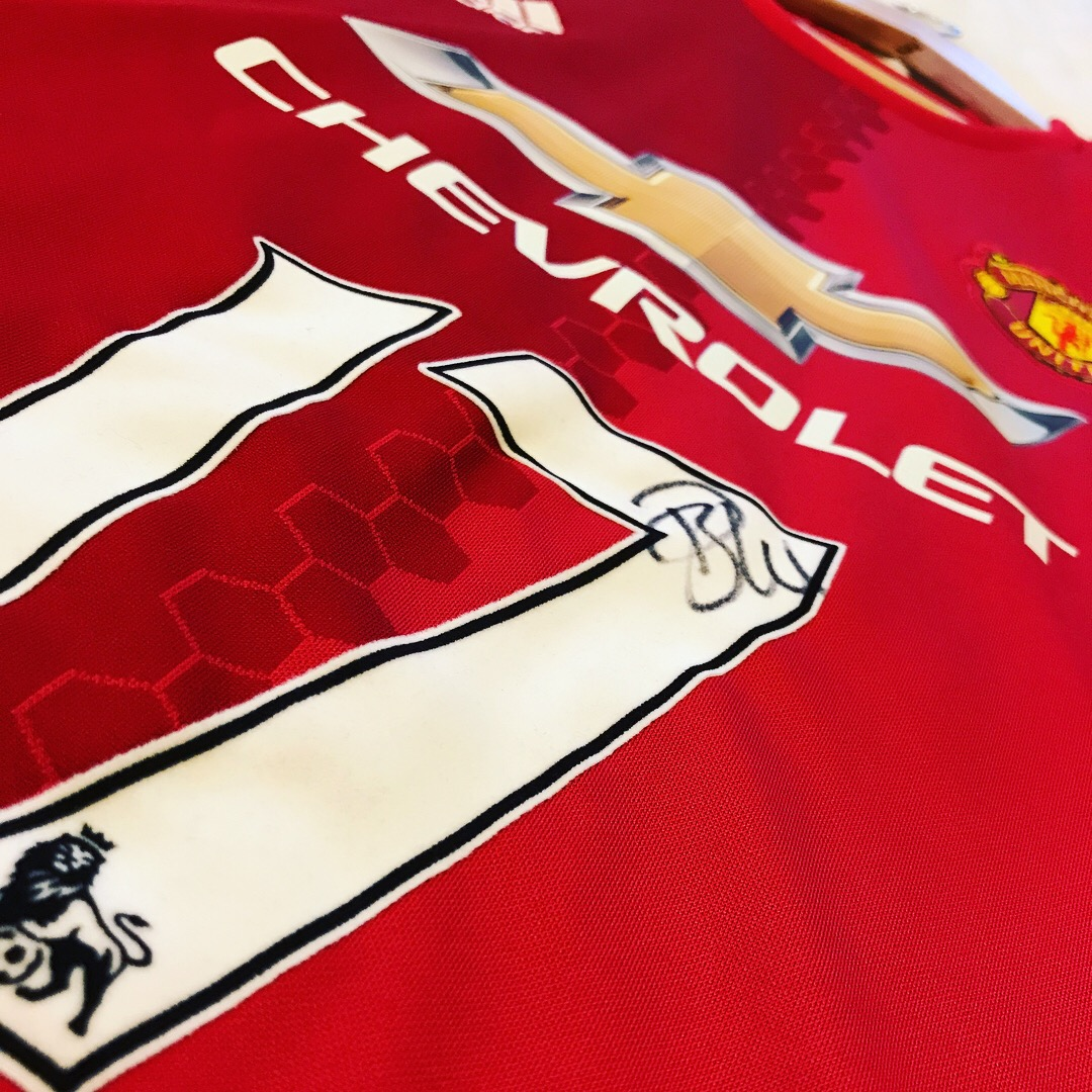 Signed Daley Blind shirt and raising money for charity